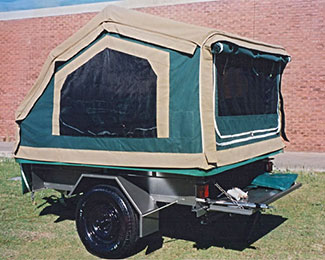 Compact canvas camper trailer
